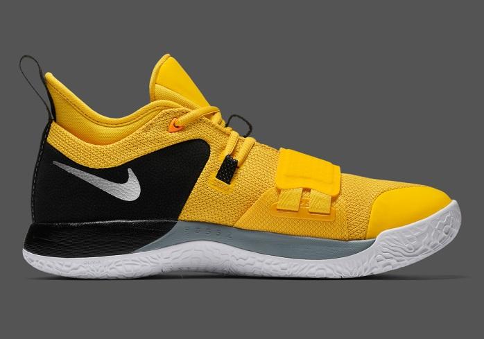 nike-pg-2-5-amarillo-chrome-black-cote-interieur.jpg