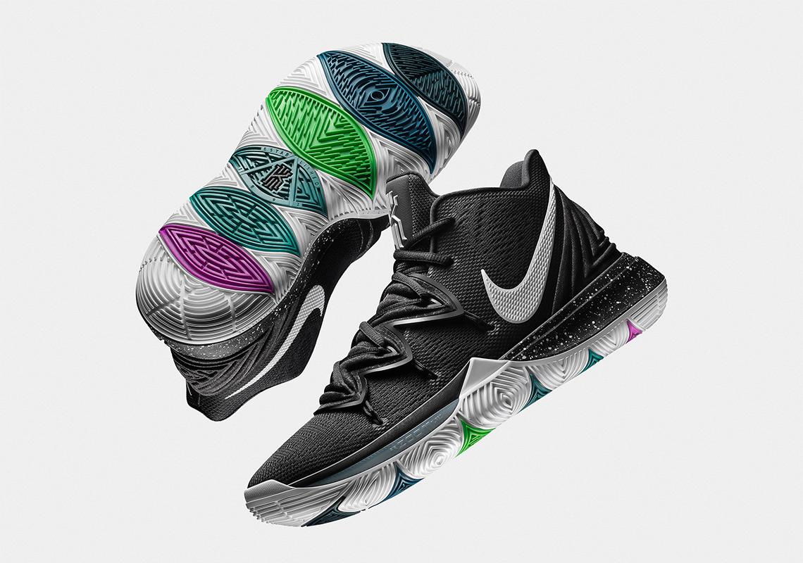 best cheap aa027 f6a25 Ce qui a fait le succès de la Kyrie 4 (et l une des rares chaussures de  basket-ball de marque à attirer l attention du monde des baskets) a été la  palette ...